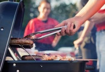 Tailgate-Sausage-e1570481756504